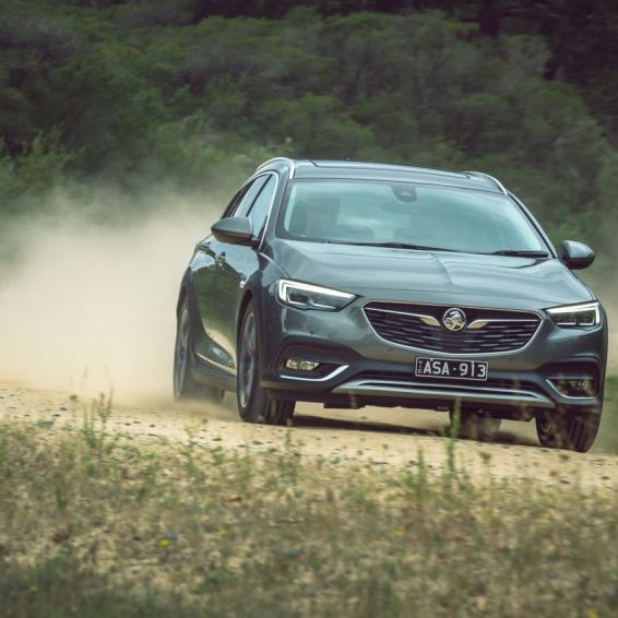 Holden Calais Tourer 2018. Fondamentalement, un insigne Opel