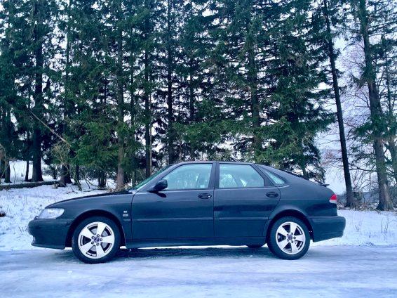 Sneeuw in het Westerwald! Thorsten's Saab.