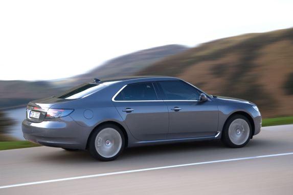 Taco de hóquei em prata no último grande Saab