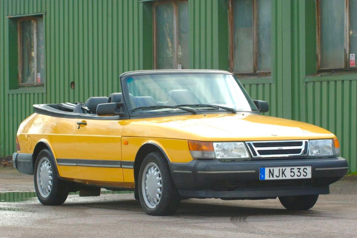 Saab 900EP in Monte Carlo yellow