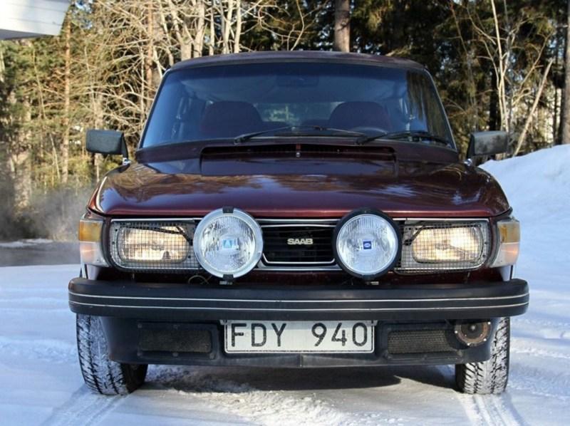 Zweden vinden. Een pre-series 99 Turbo uit een schuur in Jämtland.