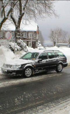 O Aero 2000 de Berend perto de Hannover na neve
