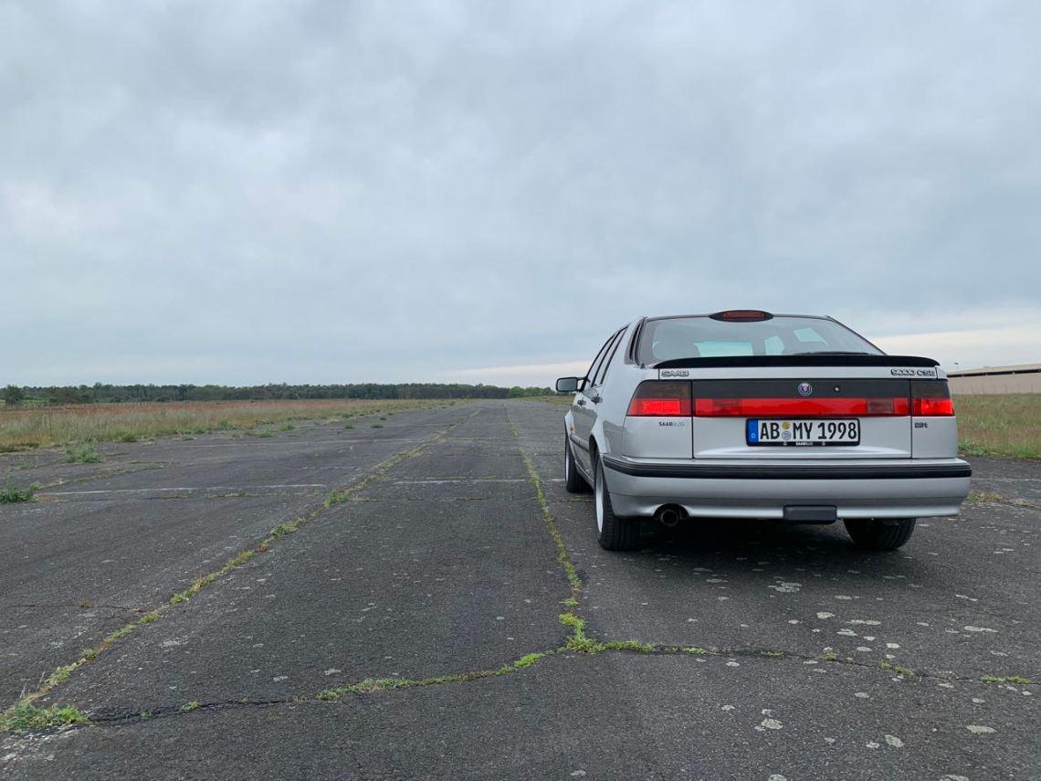 Anna op de startbaan. Vliegveld Babenhausen.