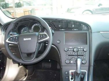 Der Saab hat die große Navigationslösung an Bord
