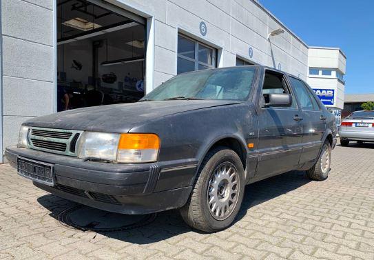 Saab 9000 Turbo 16, primer registro en abril de 1988