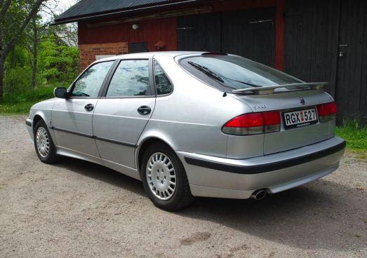 A condição do Saab é descrita como rara