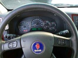 На самом деле Oldsmobile, который был урезан для Saab