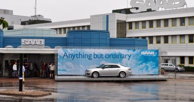 Saab Festival 2010. The main entrance to the factory.