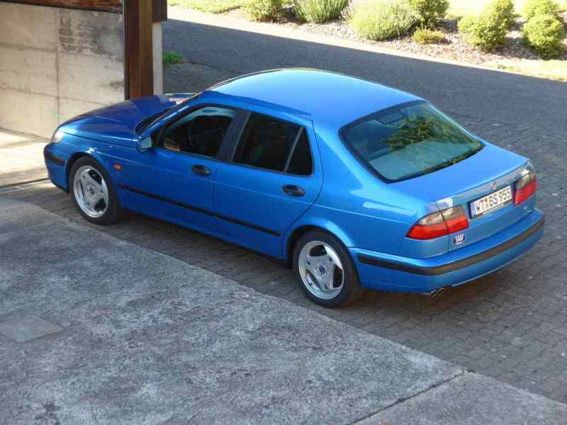 Saab 9-5 V6 in Sky Blue