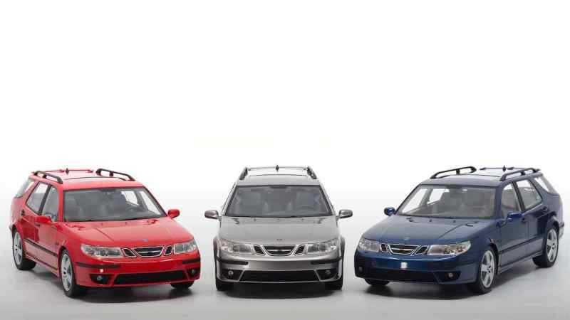 DNA Collectibles brings the Saab 9-5 sports suit in 3 different colors