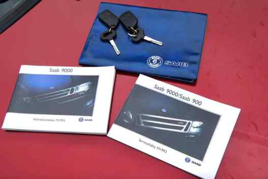 Manuels et clés - remise au musée Saab