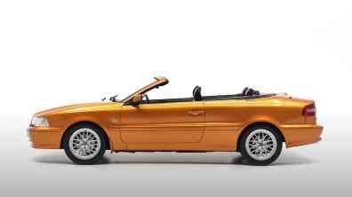 Açafrão pérola é o que a Volvo chamou de cor brilhante