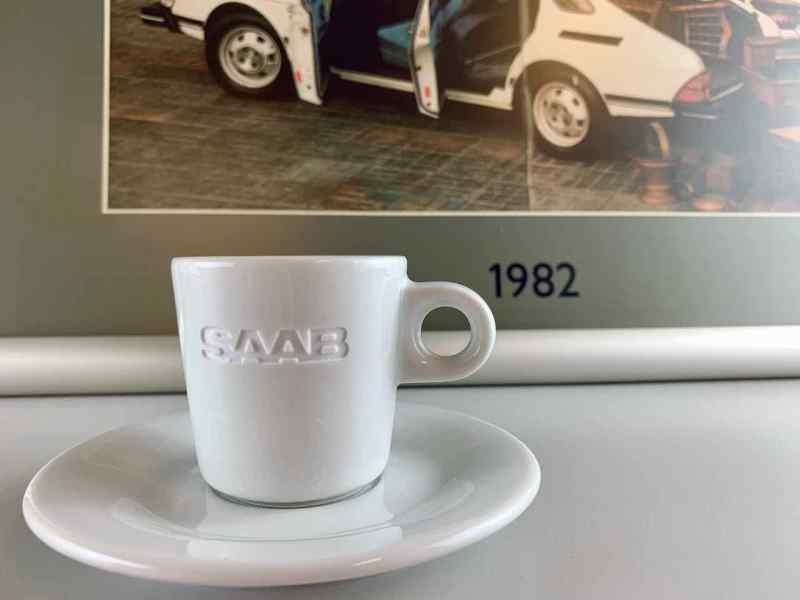 Saab Espresso Tassen in Sicht