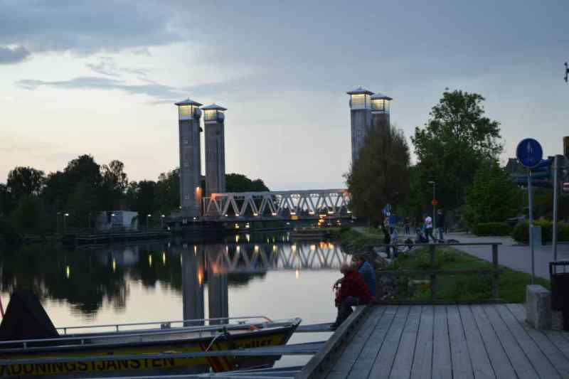 Noch eine Brücke in Trollhättan. Dieses Mal eine Hebebrücke.