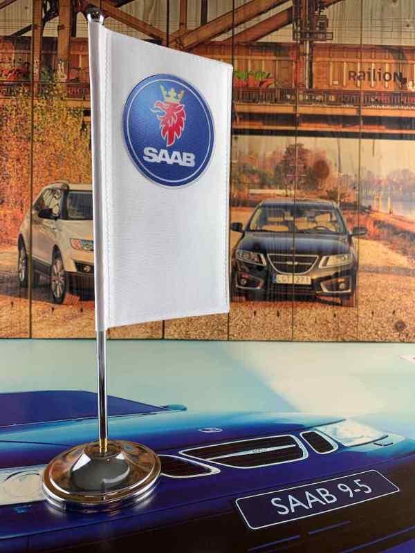 Настольный флаг Saab