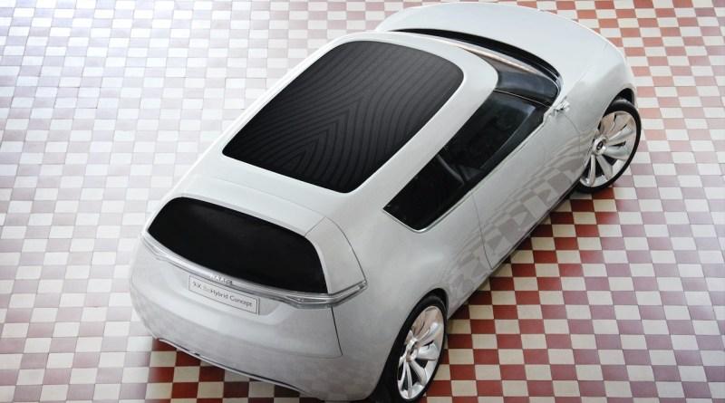 Saab 9-X BioHybrid com teto solar