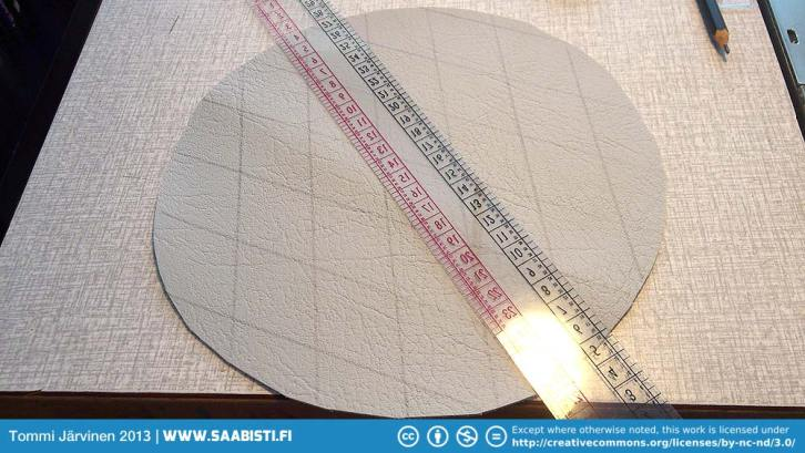 Marking the decorative pattern to the front piece.