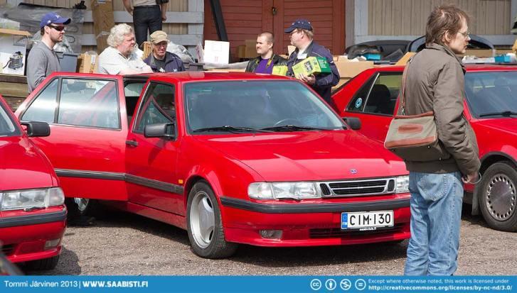 Saab 9000.