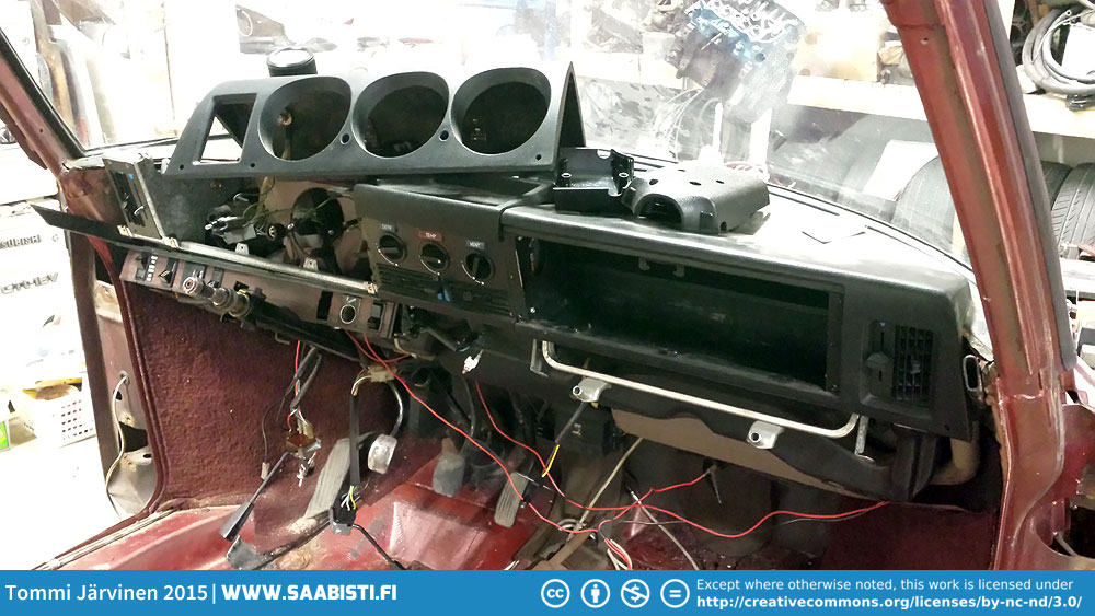 Saab 99T part 2 – disassembly continued, headlight bezel repair