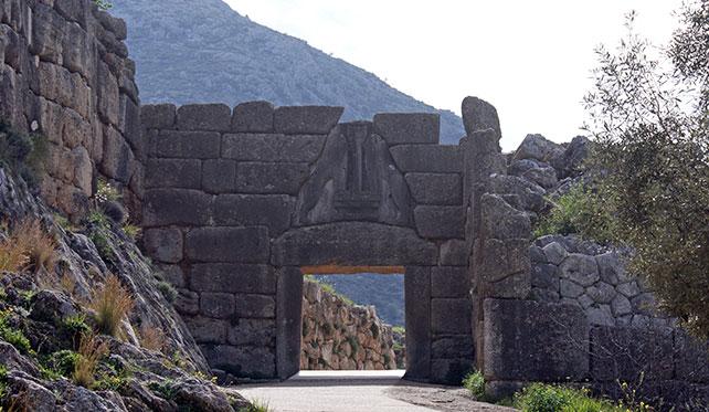 mycenae-lion-gate-00