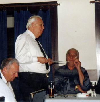 Peter Klepsch und PhDr. Vladimír Halamásek auf der Pressekonferenz