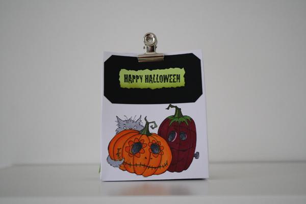 Une boite pour offrir des bonbons a Halloween