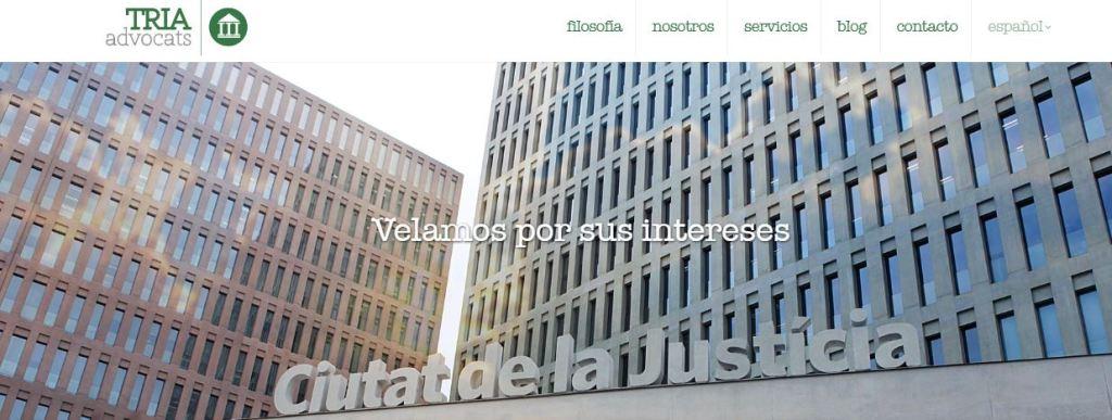 Pantallazo página web de Tria Advocats