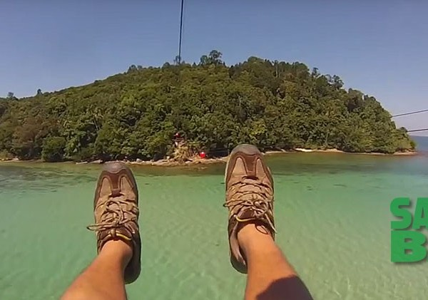 Kota Kinabalu Coral Flyer Zipline between Islands