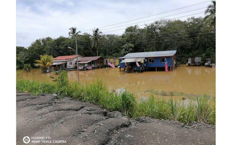 Tali air tersumbat punca beberapa kampung di Sindumin mudah dinaiki air