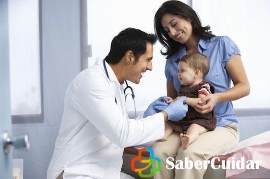 Llevando al niño al pedriatra