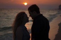 couple on the beach silhouette (1)