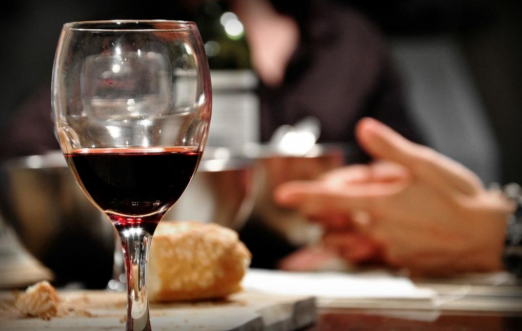 Con Pan y Vino…