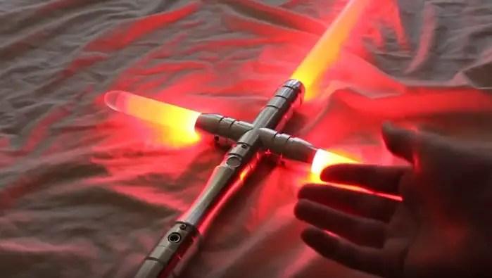 YDD Saber (a crossguard lightsaber)