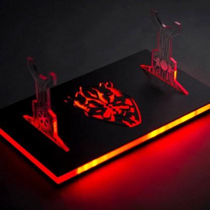 darklyte-customs-illuminated-led-stand-2015