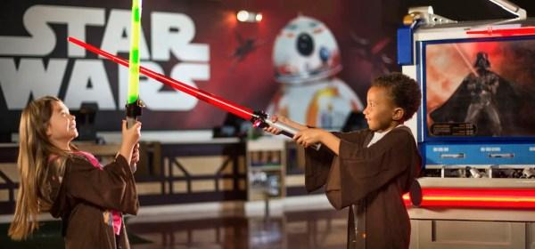 Build your own lightsaber Disney