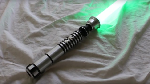 "review-saberforge-chose-lightsaber ""width ="" 637 ""height ="" 357 ""data-recalc-dims ="" 1 ""srcset ="" https://i2.wp.com/sabersourcing.com/wp-content/uploads/ 2020/06 / review-sabreforge-chose-lightsaber.jpg? W = 1177 & ssl = 1 1177w, https://i2.wp.com/sabersourcing.com/wp-content/uploads/2020/06/review-saberforge-chose -lightsaber.jpg? resize = 300% 2C168 & ssl = 1 300w, https://i2.wp.com/sabersourcing.com/wp-content/uploads/2020/06/review-saberforge-chose-lightsaber.jpg?resize= 1024% 2C575 & ssl = 1 1024w, https://i2.wp.com/sabersourcing.com/wp-content/uploads/2020/06/review-saberforge-chose-lightsaber.jpg?resize=768%2C431&ssl=1 768w, https://i2.wp.com/sabersourcing.com/wp-content/uploads/2020/06/review-saberforge-chose-lightsaber.jpg?resize=840%2C472&ssl=1 840w, https: //i2.wp .com / sabersourcing.com / wp-content / uploads / 2020/06 / review-saberforge-chose-lightsaber.jpg? resize = 600% 2C337 & ssl = 1 600w ""data-lazy-tailles ="" (largeur max: 637px) 100vw, 637px ""src ="" https://i2.wp.com/sabersourcing.com/wp-content/uploads/2020/06/review-saberf orge-chose-lightsaber.jpg? resize = 637% 2C357 & is-pending-load = 1 # 038; ssl = 1 ""srcset ="" data: image / gif; base64, R0lGODlhAQABAIAAAAAAAP /// yH5BAEAAAAALAAAAAABAAEAAAIBRAA7 ""/><noscript><img data-attachment-id="