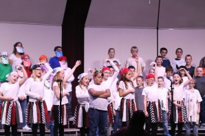 SES Fourth Grade Music Program.6340