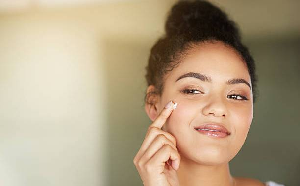 Best homemade remedies for glowing skin and fairness in winter