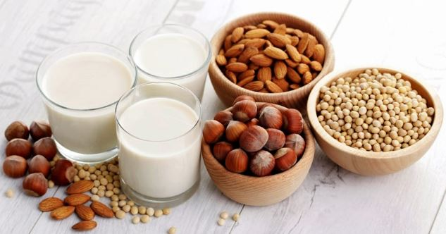 ¿Son beneficiosas las leches vegetales