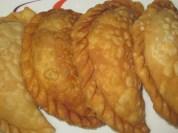 KAJJIKAYALU (with putnala pappu)