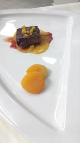 Filé de canguru com molho picante e damascos / Filete de canguru con salsa diabla y orejones