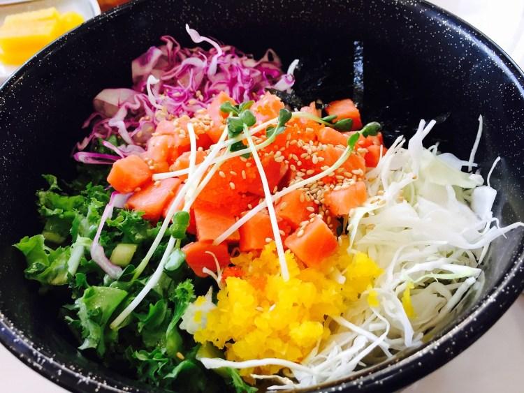 7 tipos de sushi que debes probar, aprende a identificarlos - chirashi sushi - bowl de sushi