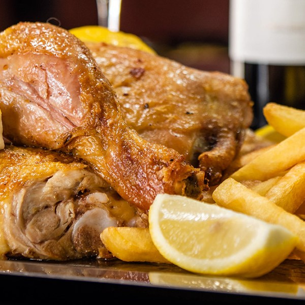 Pollo a la parrilla Delivery de Comida en Mendoza Pedidos Online Delivery Gratis Sabores Mendoza