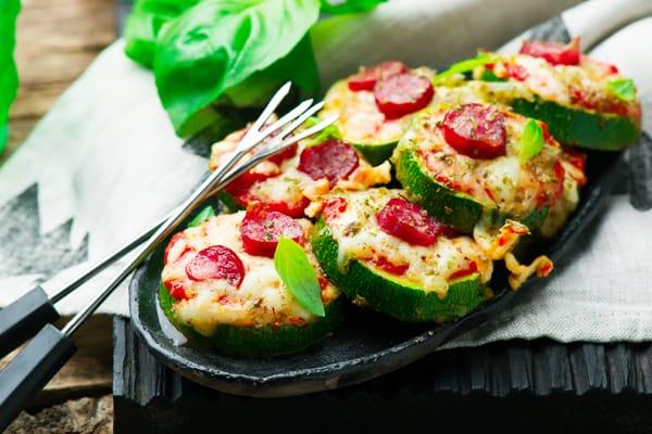 Bocaditos de pizza de calabacitas