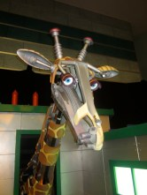 Robot Giraffe - Singapore Science Centre