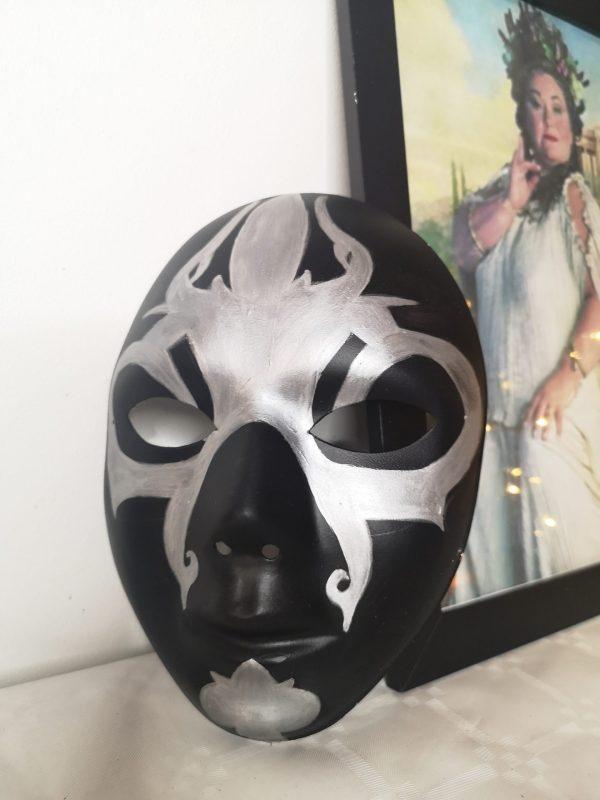 Masque de mange-mort