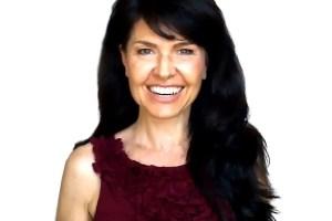 sabrina cadini holistic life coach life-work balance headshot