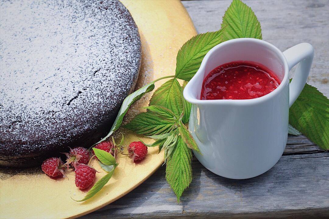 Chocolate Cake for 8 with Raspberry Coulis