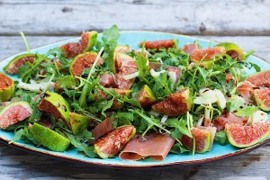 Platter of Fig Salad with Fennel and Arugula