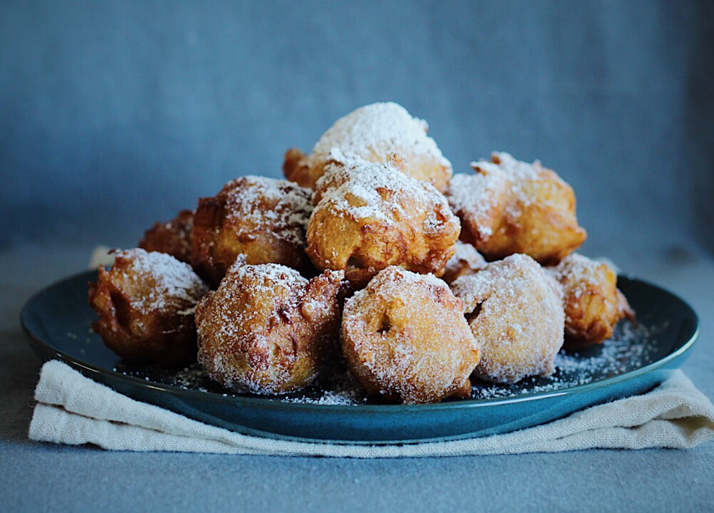 Beignets sprinkled with sugar